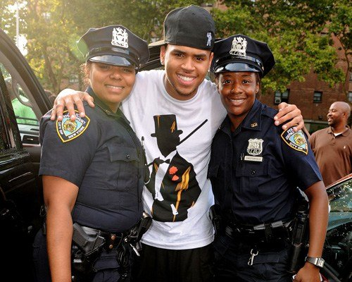 chris-brown-police-picture