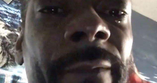 Snoop Dogg weint - Nahaufnahme