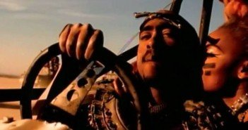 Tupac im Musikvideo zu California Love