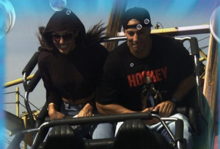Namika und Farid Bang fahren gemeinsam Achterbahn